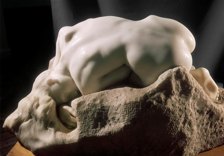 Rodin-desnudo-femenino