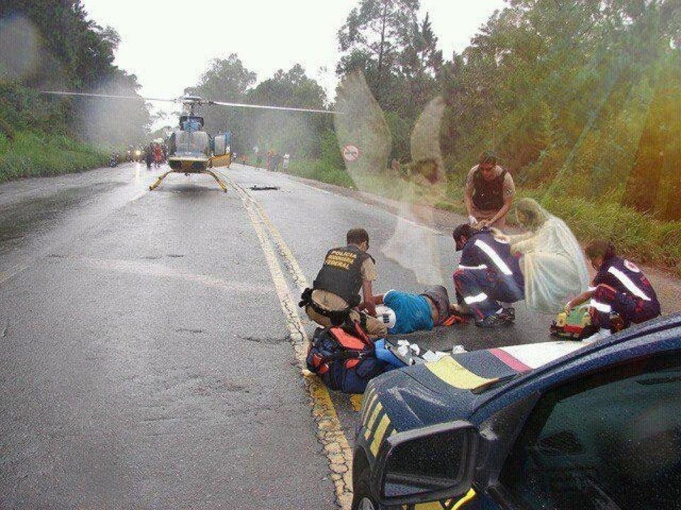 Une âme responsable d'un accident de voiture mortel se confie dans L'AME *** (qu'est-ce que l'âme, les âmes qui viennent me parler, une âme responsable d'un accident de voiture se confie) 574797_149085091886753_100003557885744_178964_1224539205_n