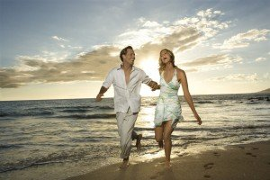 vacances-romantique-couple-7614_w1000